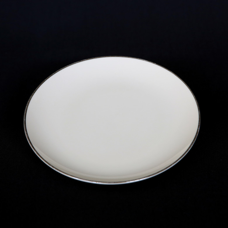 platinum band rental 6″ bread and butter plate