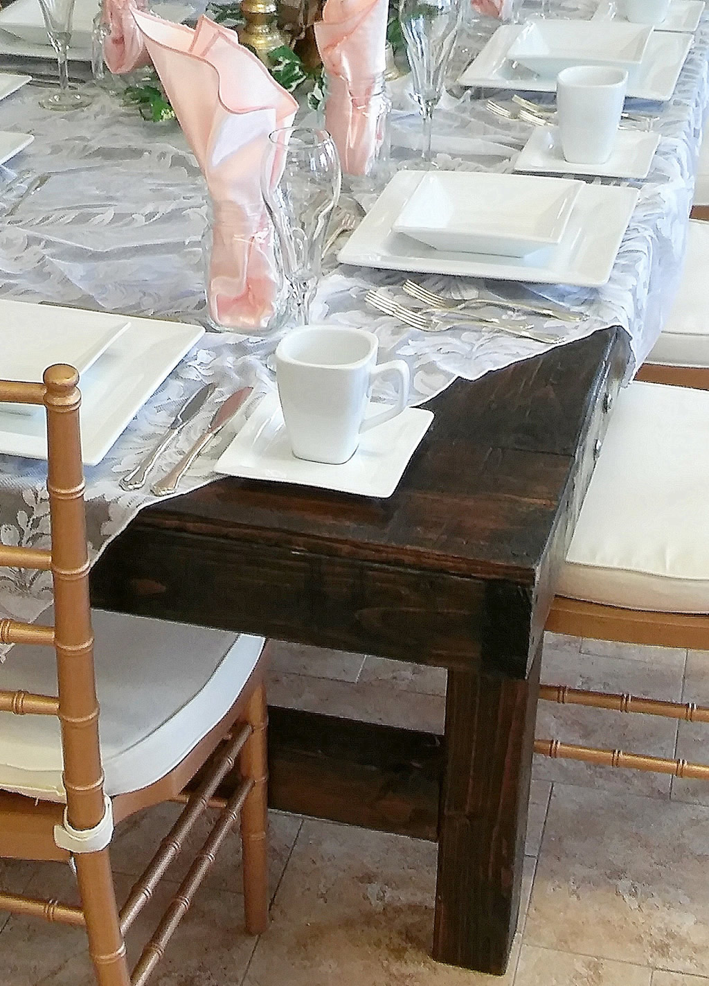 rustic-blog-farm-table