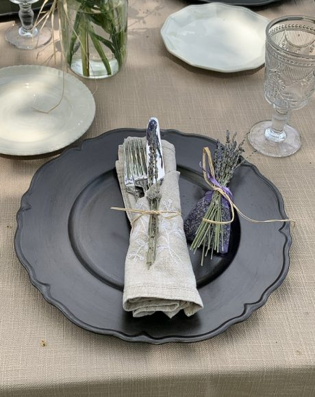 metallic antique charger place setting
