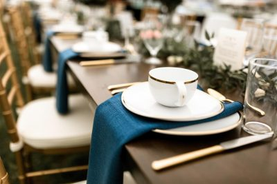gold and blue wedding decor