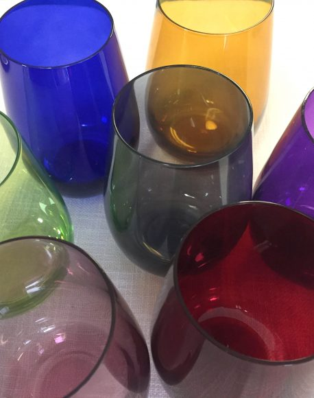 color tinted stemless glass